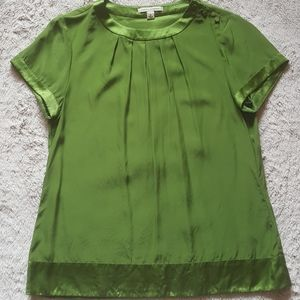 Banana Republic green Shirt Size Medium